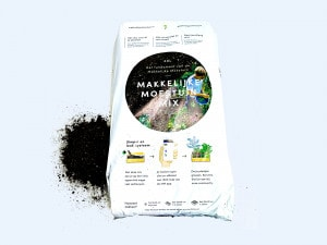 Our signature soil mix (MM-mix) and nutrients.